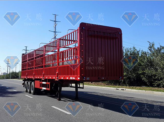 STY9400CCY仓栅式运输半挂车