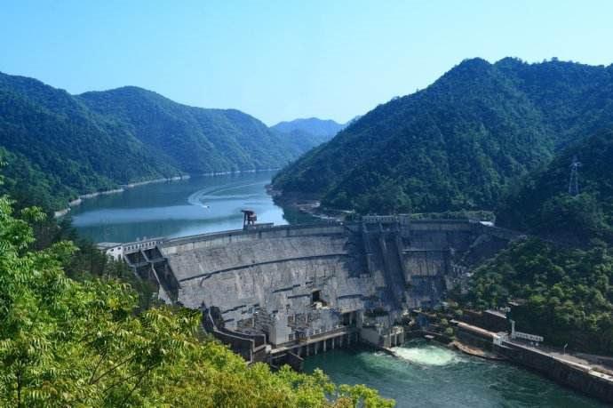 广西青狮潭水力发电厂项目