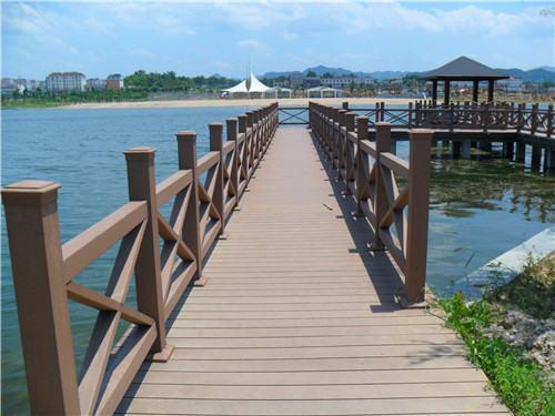 郑州防腐木围栏