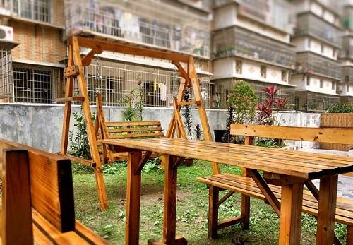 365bet官网地址_防腐木桌椅