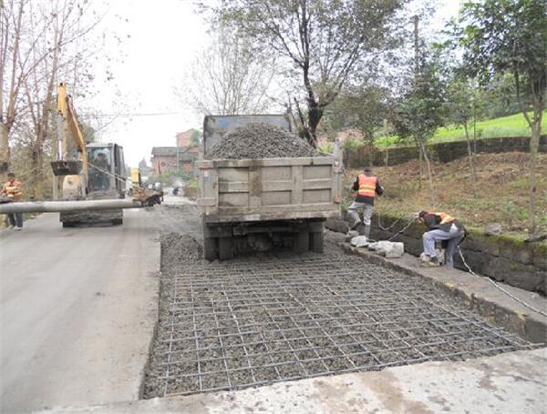 厂区混凝土路面施工