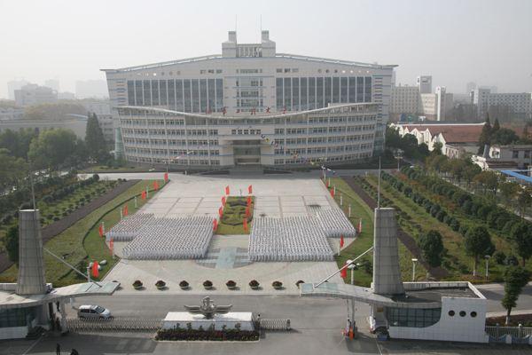 武汉弹性平涂乳胶漆工程的典型案例武汉东海军工程大学工程