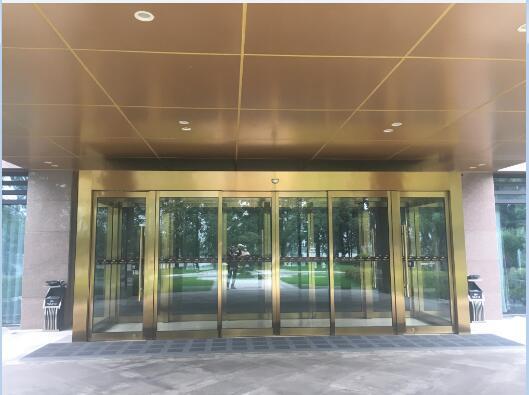 自动平移铜门