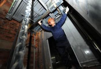 湖南载货电梯维修
