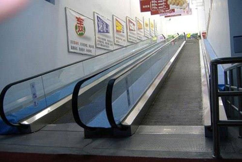 人行道�梯