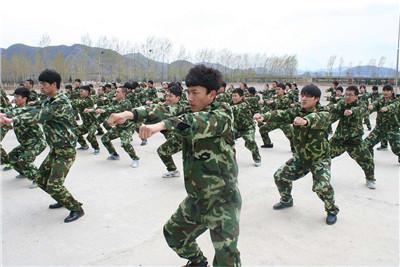 河南学生拓展训练