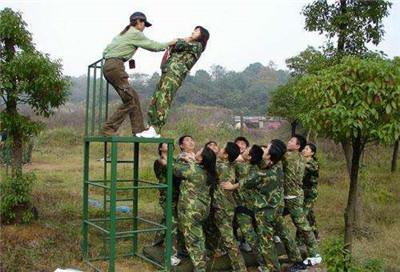 拓展培训公司