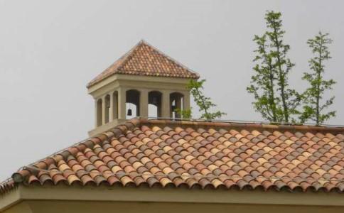 屋顶西班牙瓦