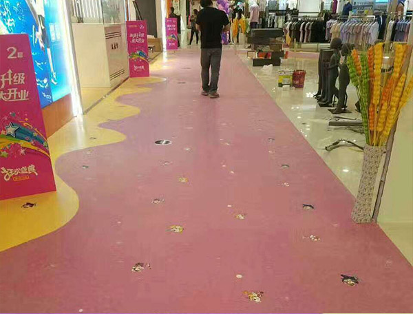 成都塑胶地板厂家