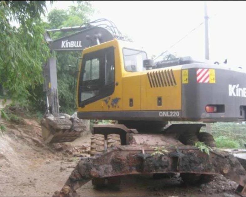 贵州胶轮挖机出租