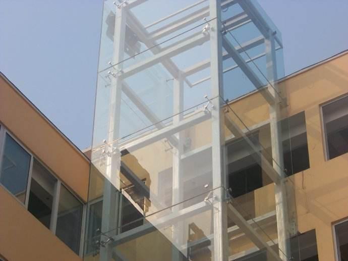 钢结构电梯安装