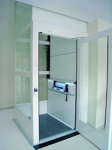 新型家庭用电梯