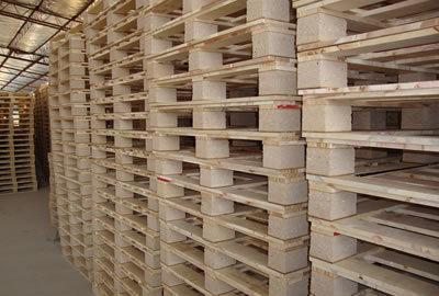 【图文】分析蔡甸木托盘与塑料托盘的差别_告诉大家买黄冈木制托盘要考虑的因素