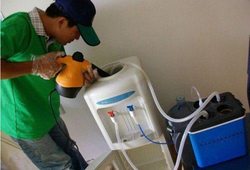 郑州饮水机清洗服务
