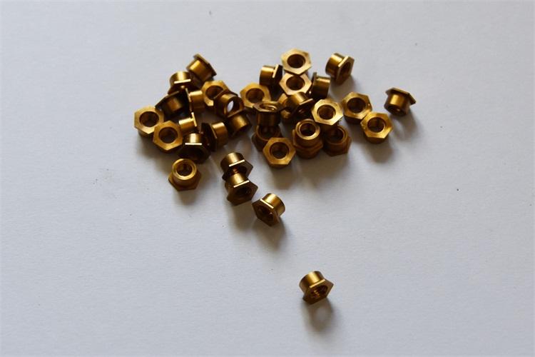 廣東通孔壓鉚銅螺母