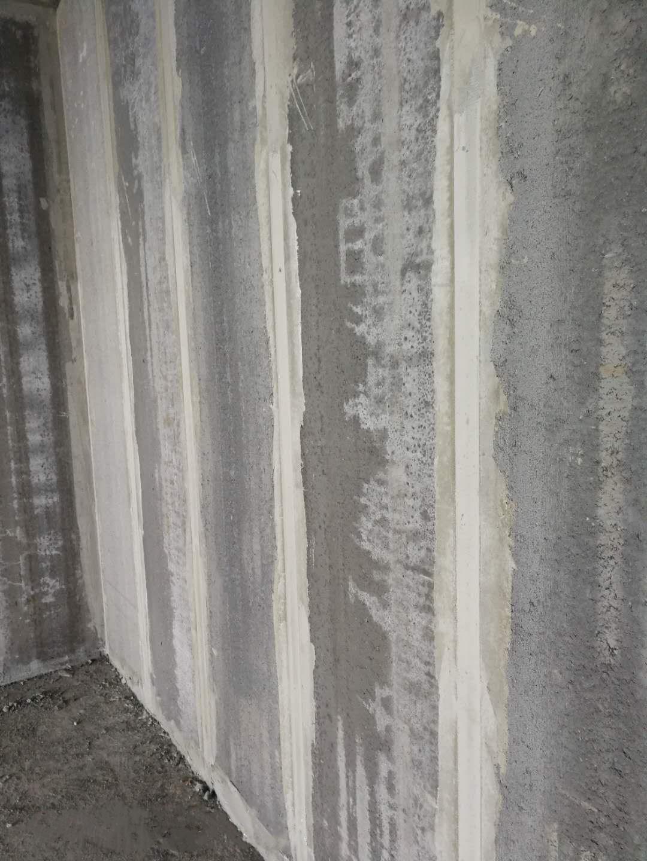 灰渣混凝土空心内隔墙安装