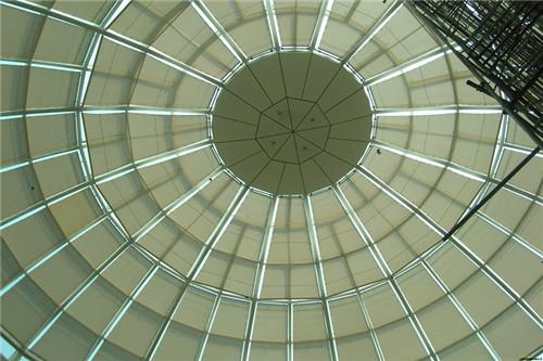 大型阳光房遮阳帘安装