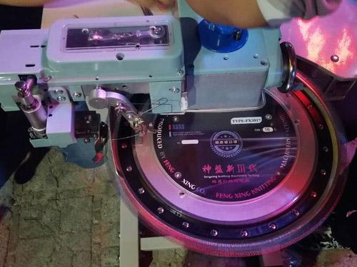 超高速缝盘机