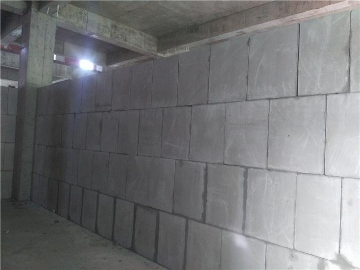 石膏轻质隔墙价格