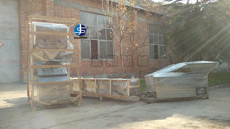 自动定量包装机成套设备打包发货