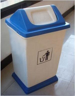 摇盖塑料垃圾桶