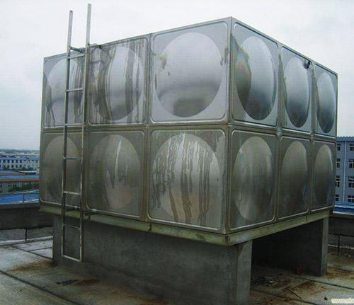 �F�消防水箱