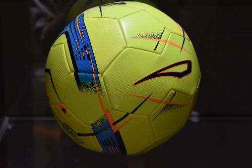 人造皮革足球