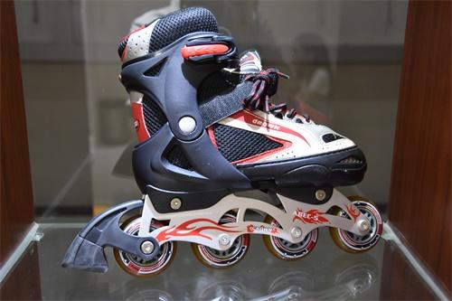 溜冰鞋PVC人造革