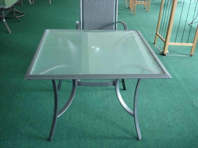 成都铝合金桌椅厂