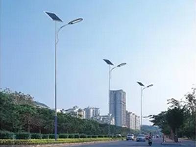 新款定制太阳能路灯