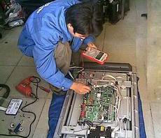 液晶彩电上门维修