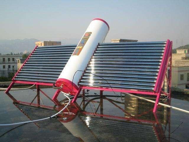 太阳能热水器漏水维修