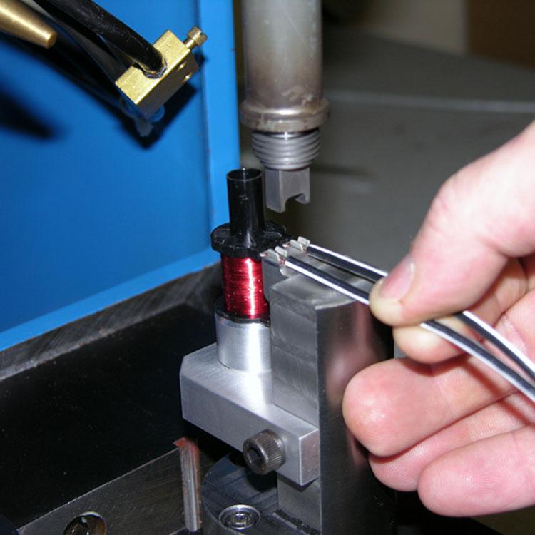 金属超声波焊接设备