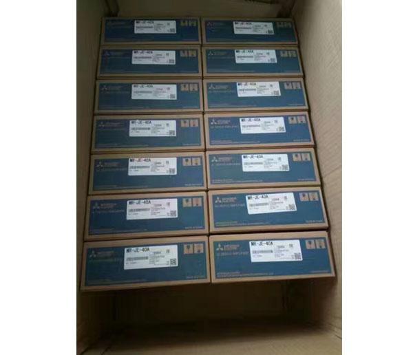 三菱plc控制器