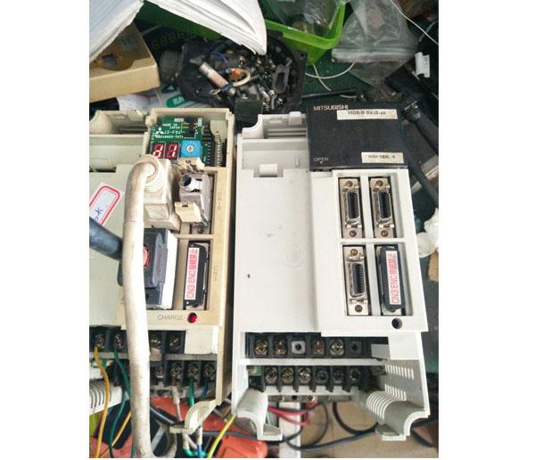 三菱伺服器驱动器维修
