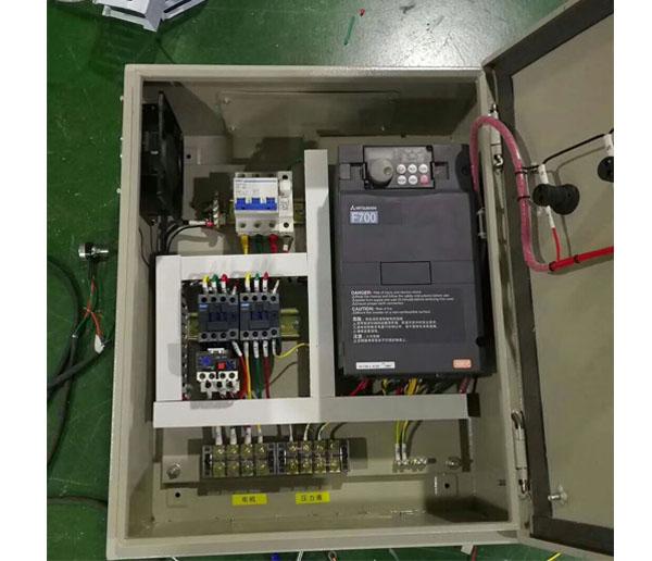 变频器PID供水+压力表