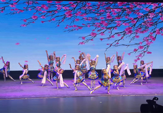 哈尔滨民族舞学校