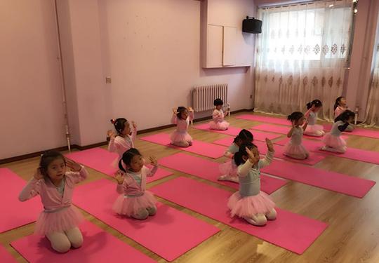 哈爾濱最好的舞蹈學校