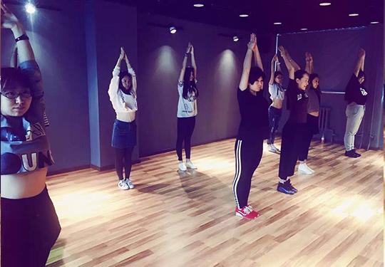 哈尔滨舞蹈学校