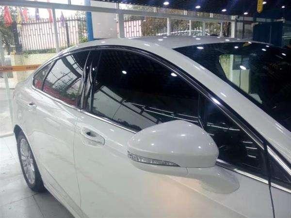 重庆汽车玻璃直销店铺