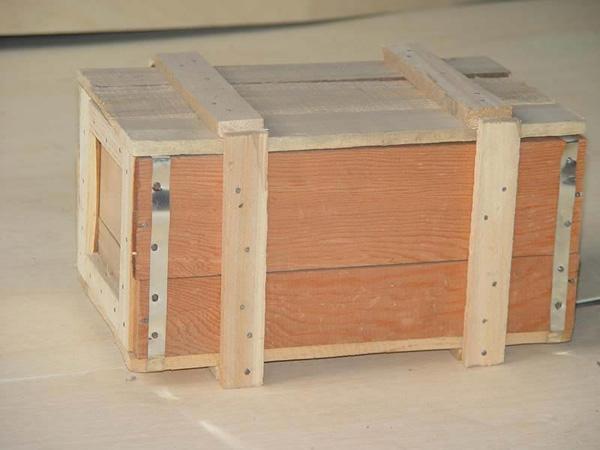 定制出口木包装箱