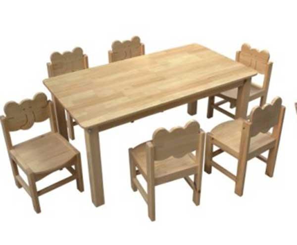 幼儿园木桌椅