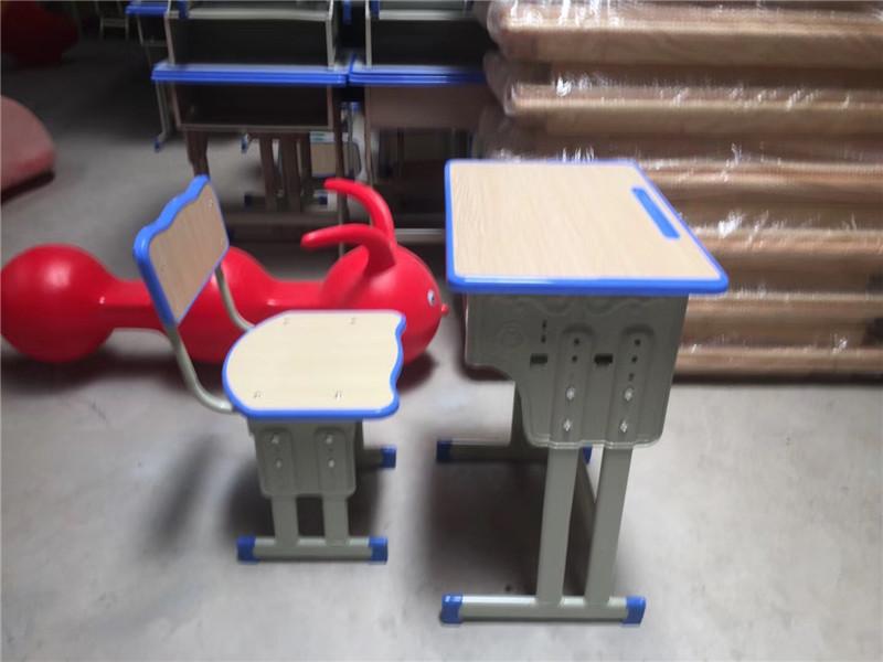 毕节幼儿园桌椅