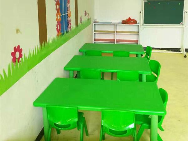 六盘水幼儿园桌椅