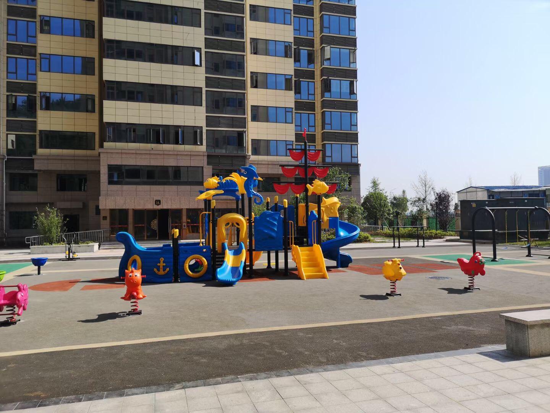 贵阳小区广场配套设施