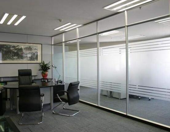 貴陽玻璃隔斷牆