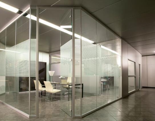 貴州玻璃隔斷牆