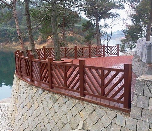 都匀木制护栏