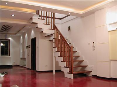 实木整体楼梯定制