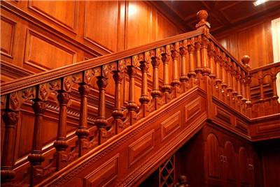 郑州实木楼梯安装